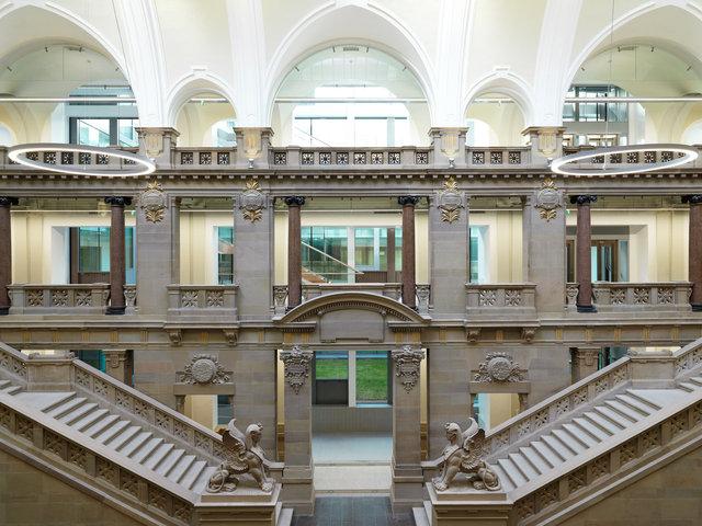 Palais de Justice de Strasbourg rénové // Architecte rénovation (2016): Jordi Garcés // Client: Lightnet GmbH, Cologne.