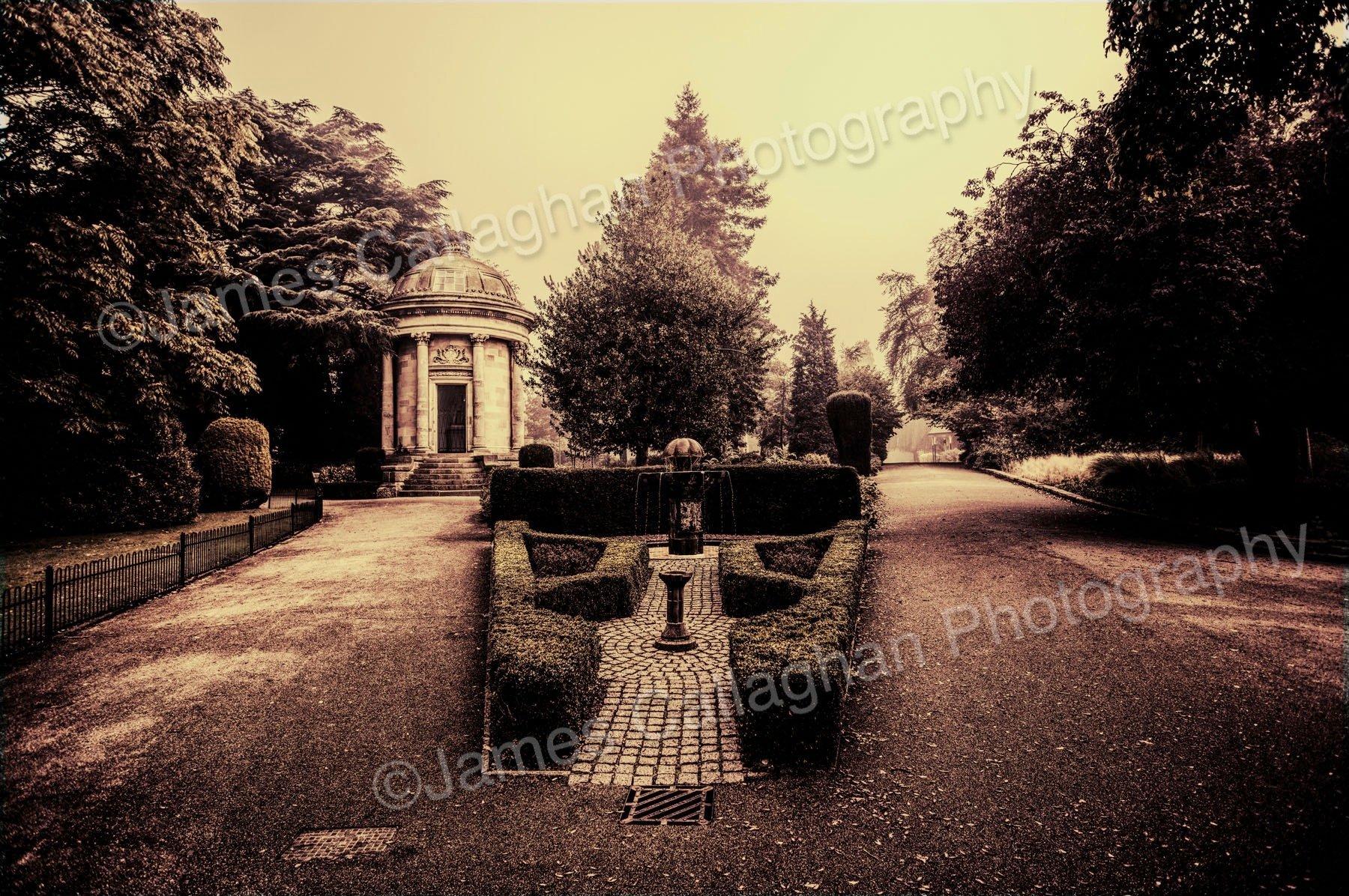 Jephsons Polish Fountain.jpg
