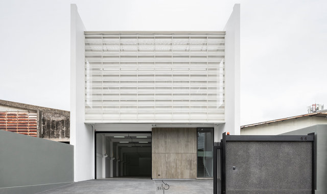Pordee's Residence By Silp Architects co.,ltd.