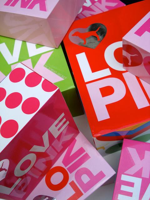 Pink teens hut 52 free