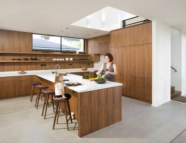 LENA-Kitchen_Talent_VB.jpg