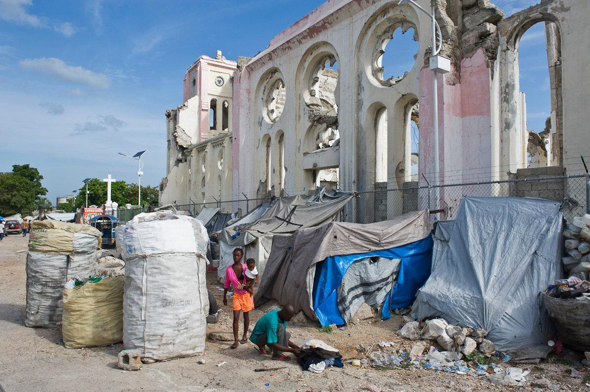 Cathédrale Notre-Dame de l'Assomption de Port-au-Prince_DSC3547LowRes.jpg
