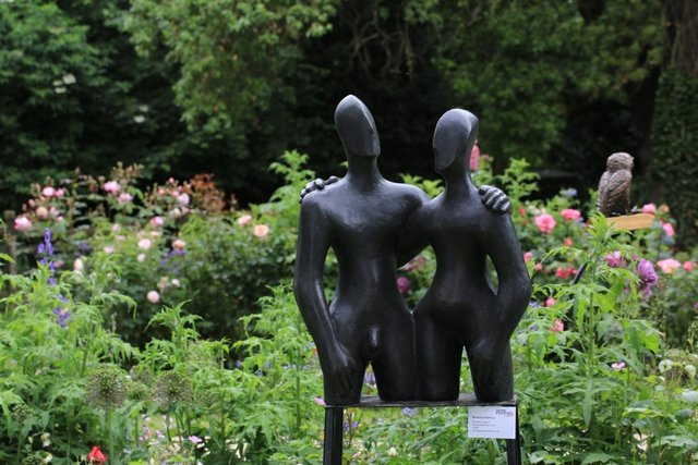 Etruscan Couple 2   2006  50 x 68 x 28cm  Bronze Resin  Oxford Festival of the Arts 2016