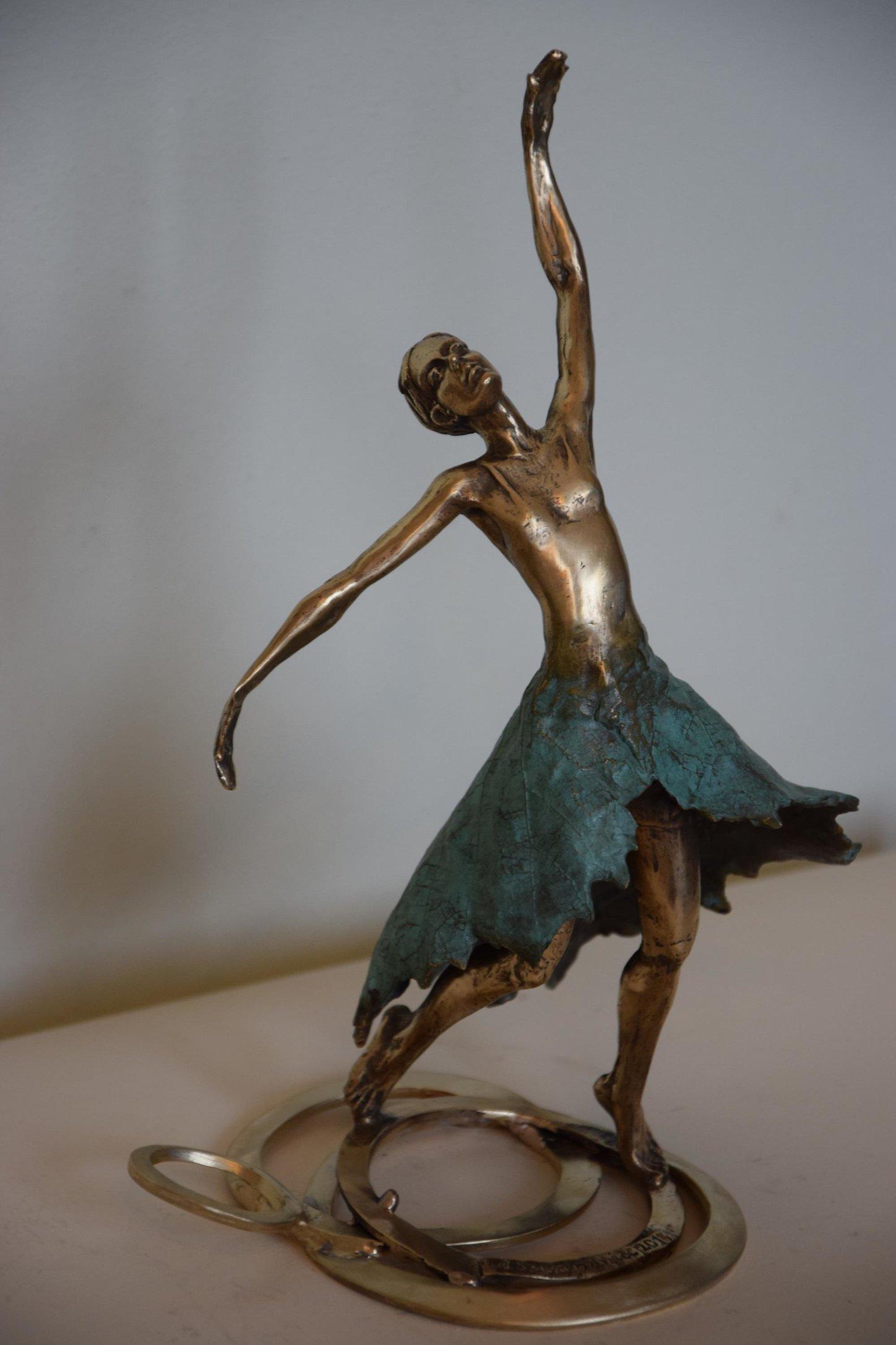 Tancerka 25x13x16 brąz (wł. pryw.)