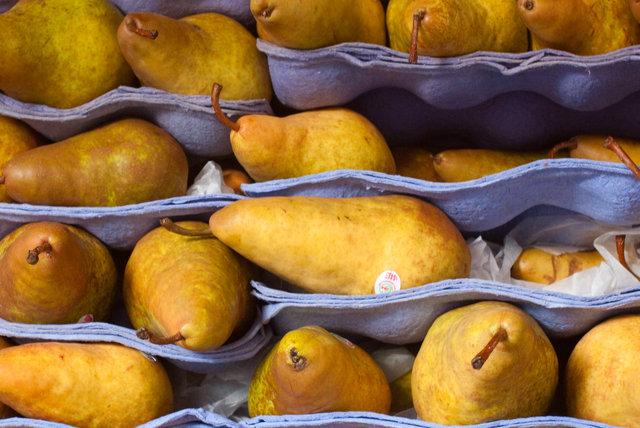 Pears0853.jpg