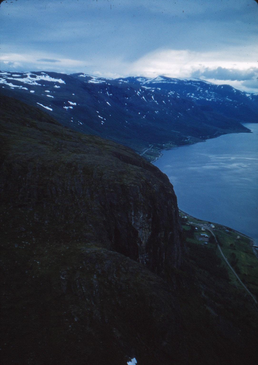 907 (17) Altafjord