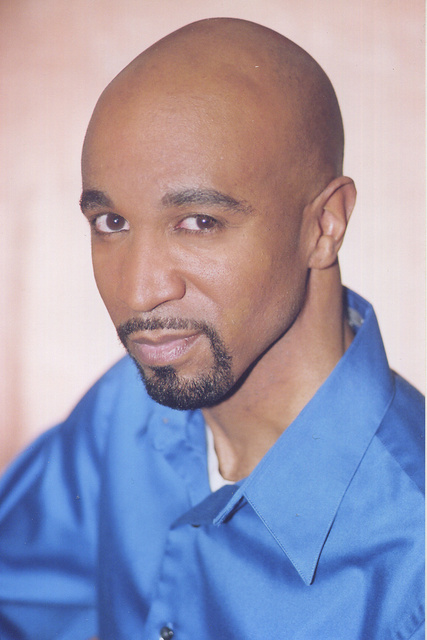 CEDRIC BYRD -  ACTOR  HE IS TOLD HE LOOKS LIKE TALK SHOW HOST MONTELL.