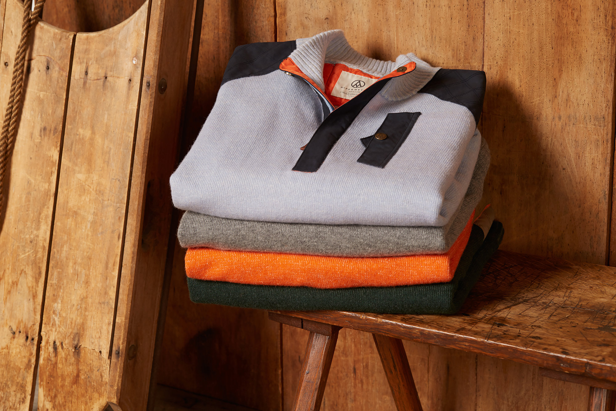 17_AlpineGuideSweaters-1070.jpg