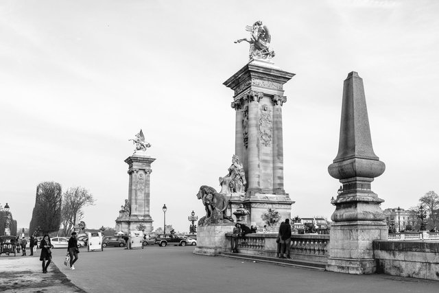 Pont Alexandre III day-034.jpg