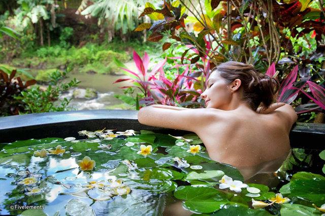 10-best-wellness-retreats-bali-1.jpg