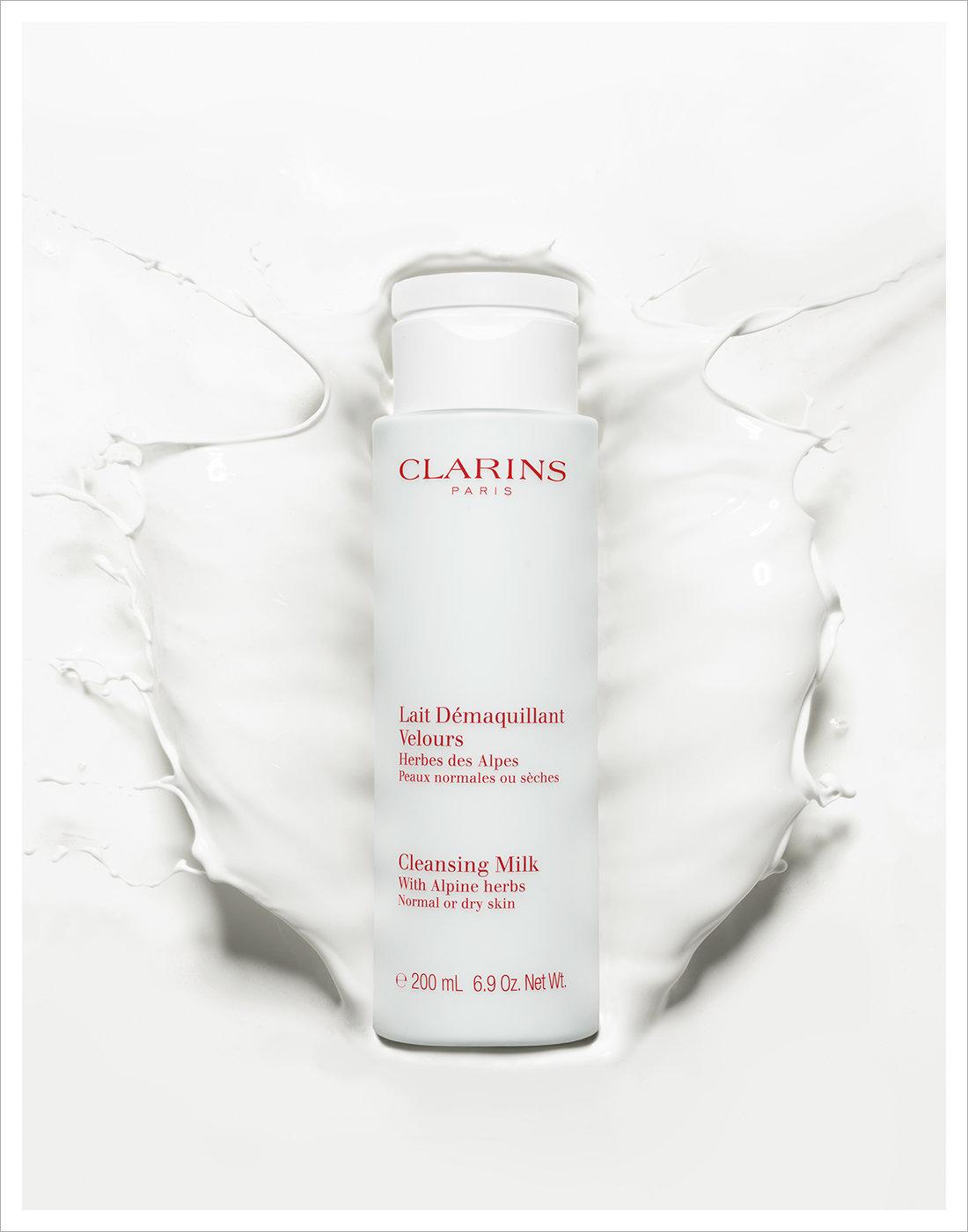 239_CLARINS_CleansingMilk8829_v2_11X14_lr.jpg