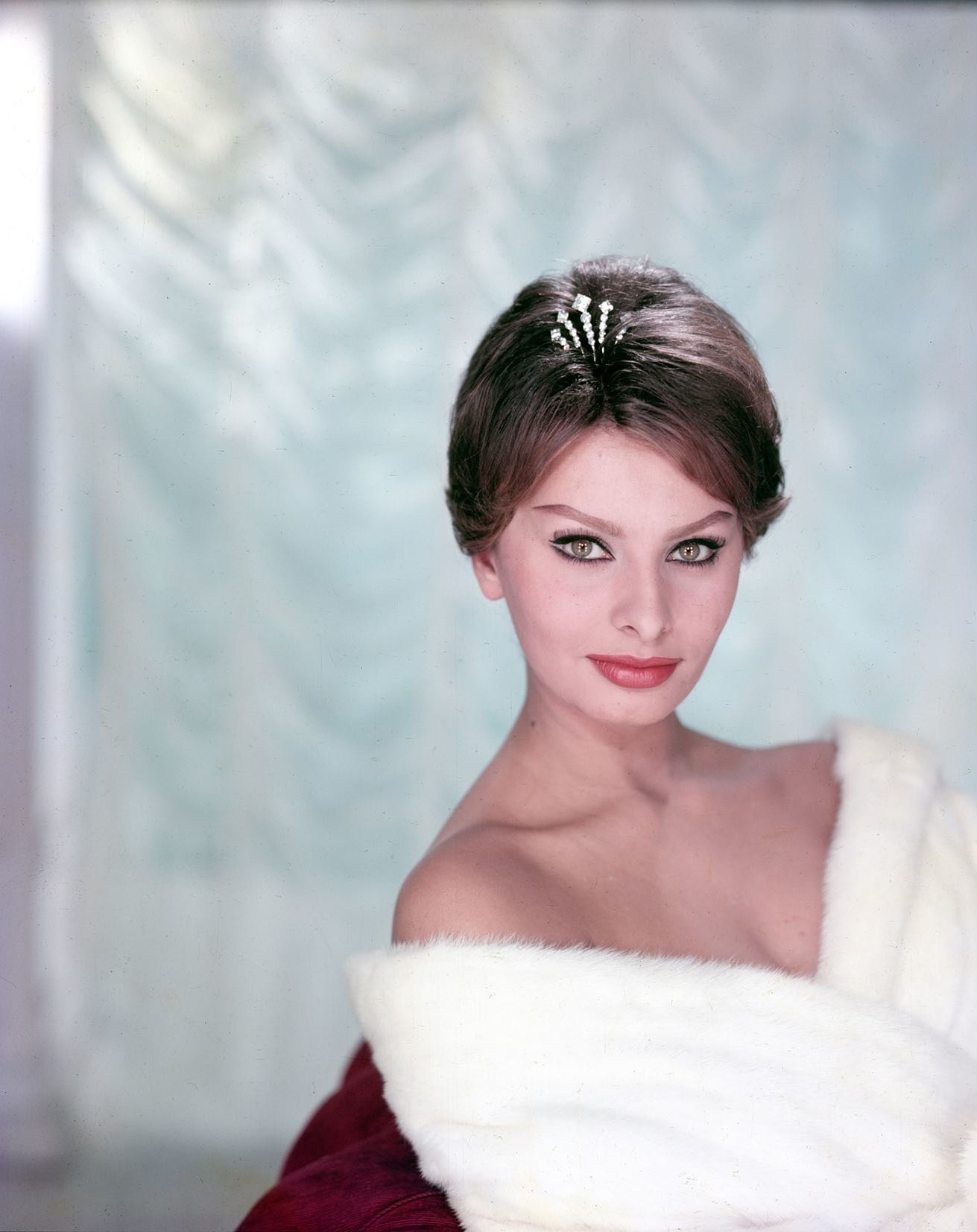 Sophia Loren, hollywood, 1958 by Willy Rizzo:Gallery Vassie small.jpg