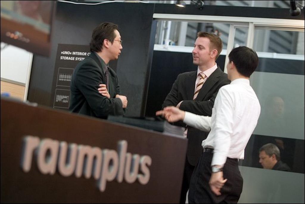 RAUMPLUS1.jpg
