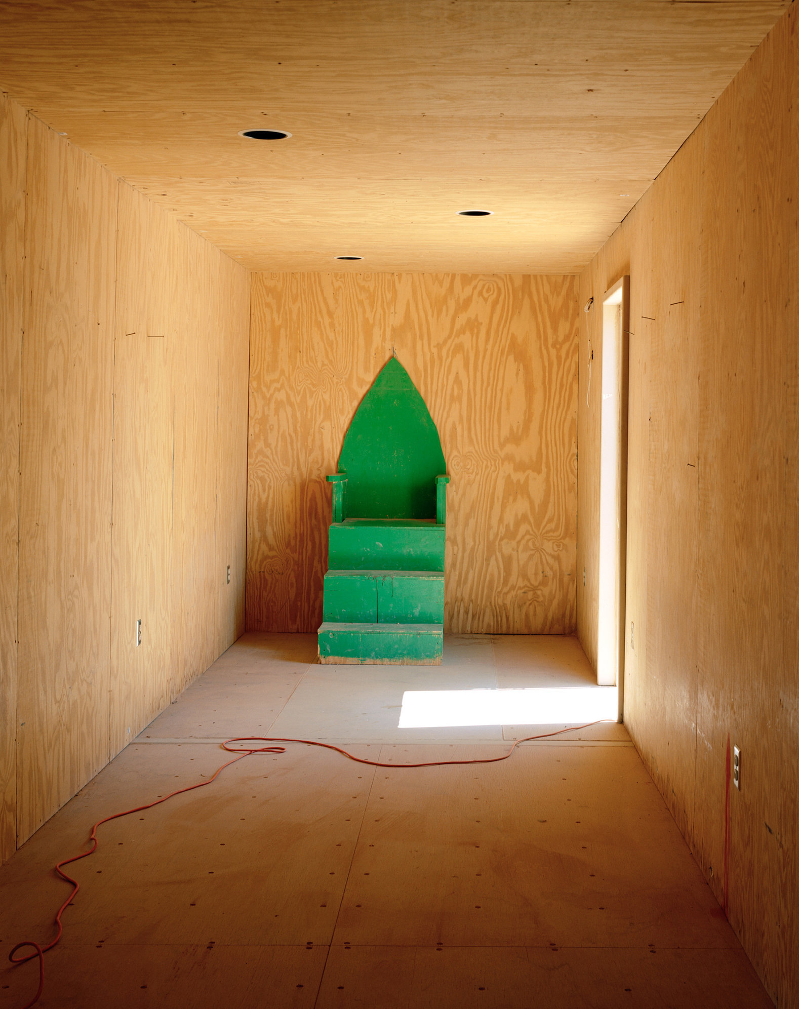 17_Beckett_Shia_Green_Chair.jpg