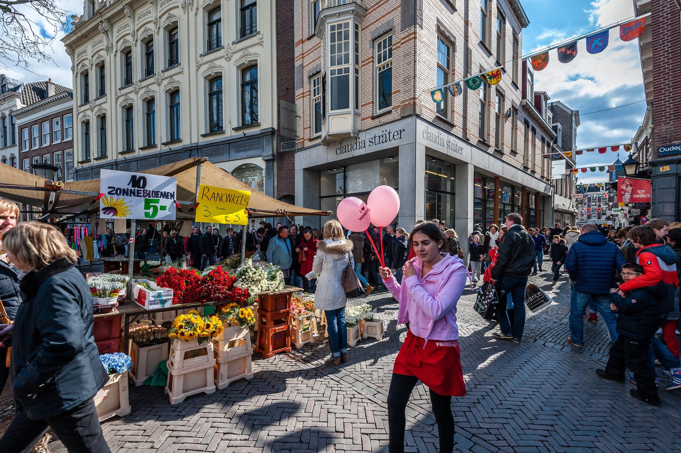 Claudia Sträter, Oude Gracht, Utrecht