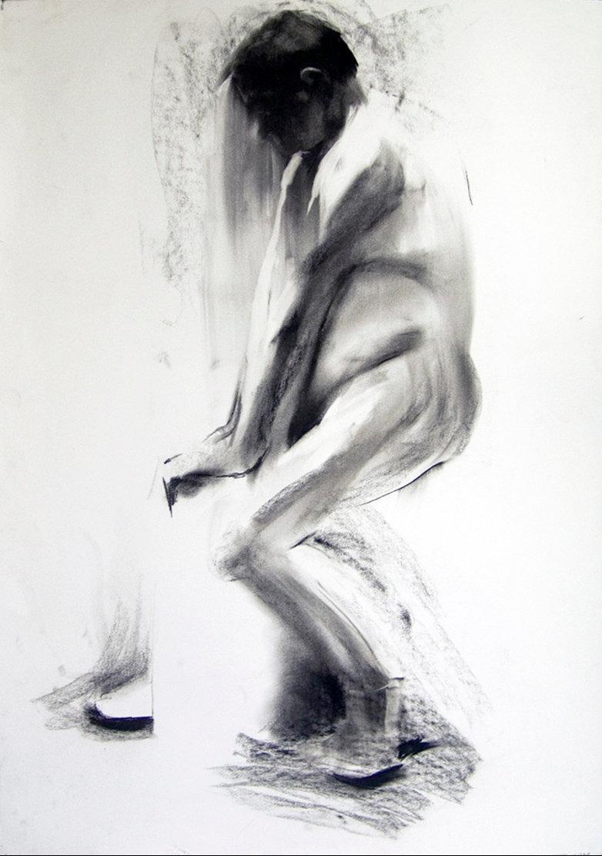 Mężczyzna siedziący, rys. węglem 70x100 2010