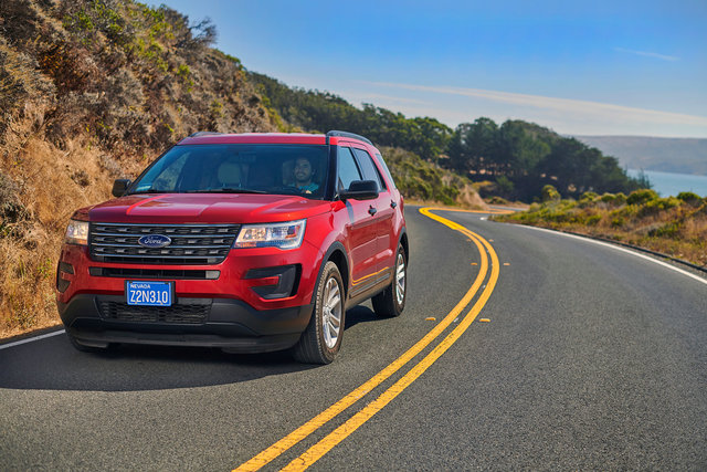 Motors_Ford_Explorer_Hero_0106.jpg