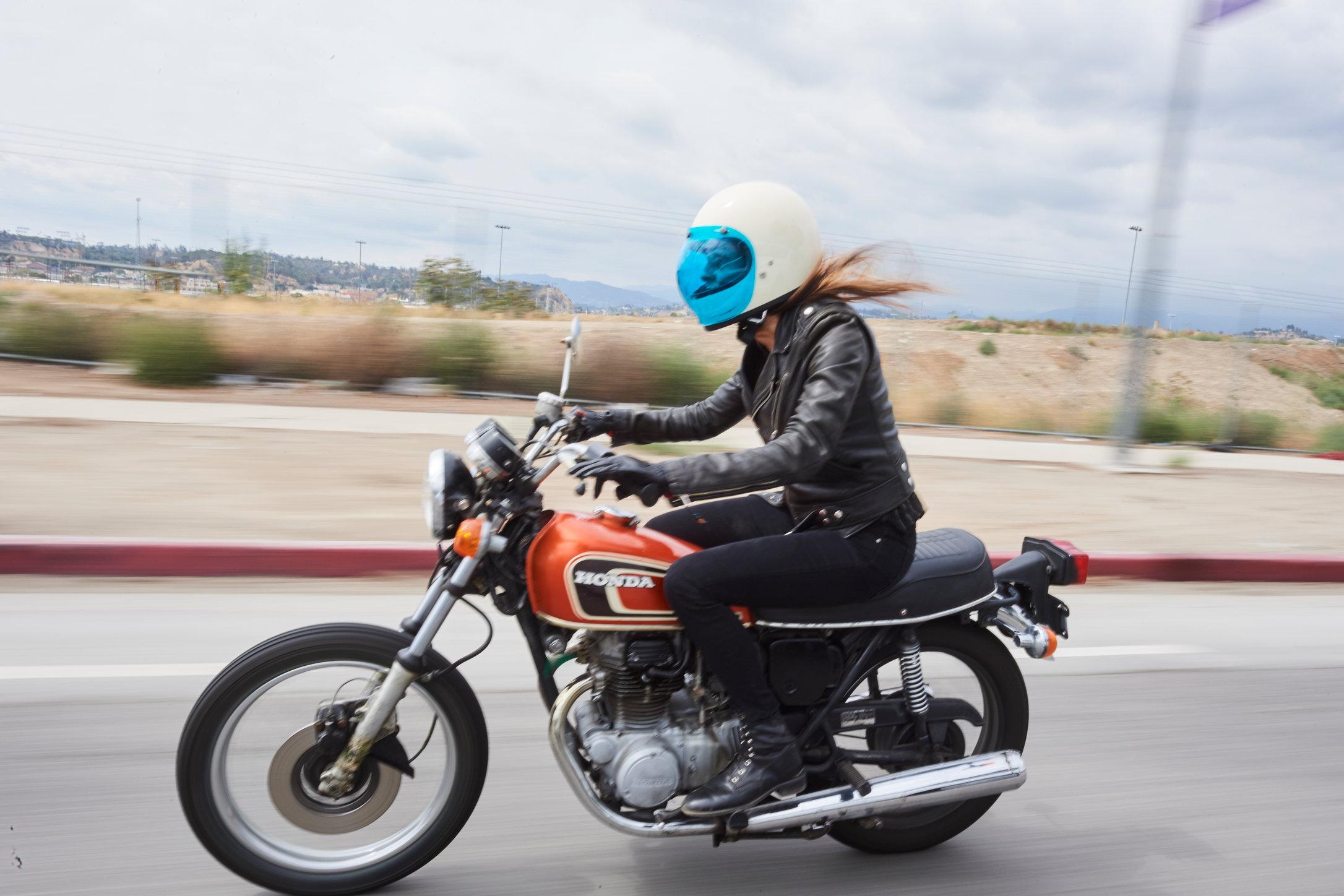 Motorcycle_BONUS_6071.jpg