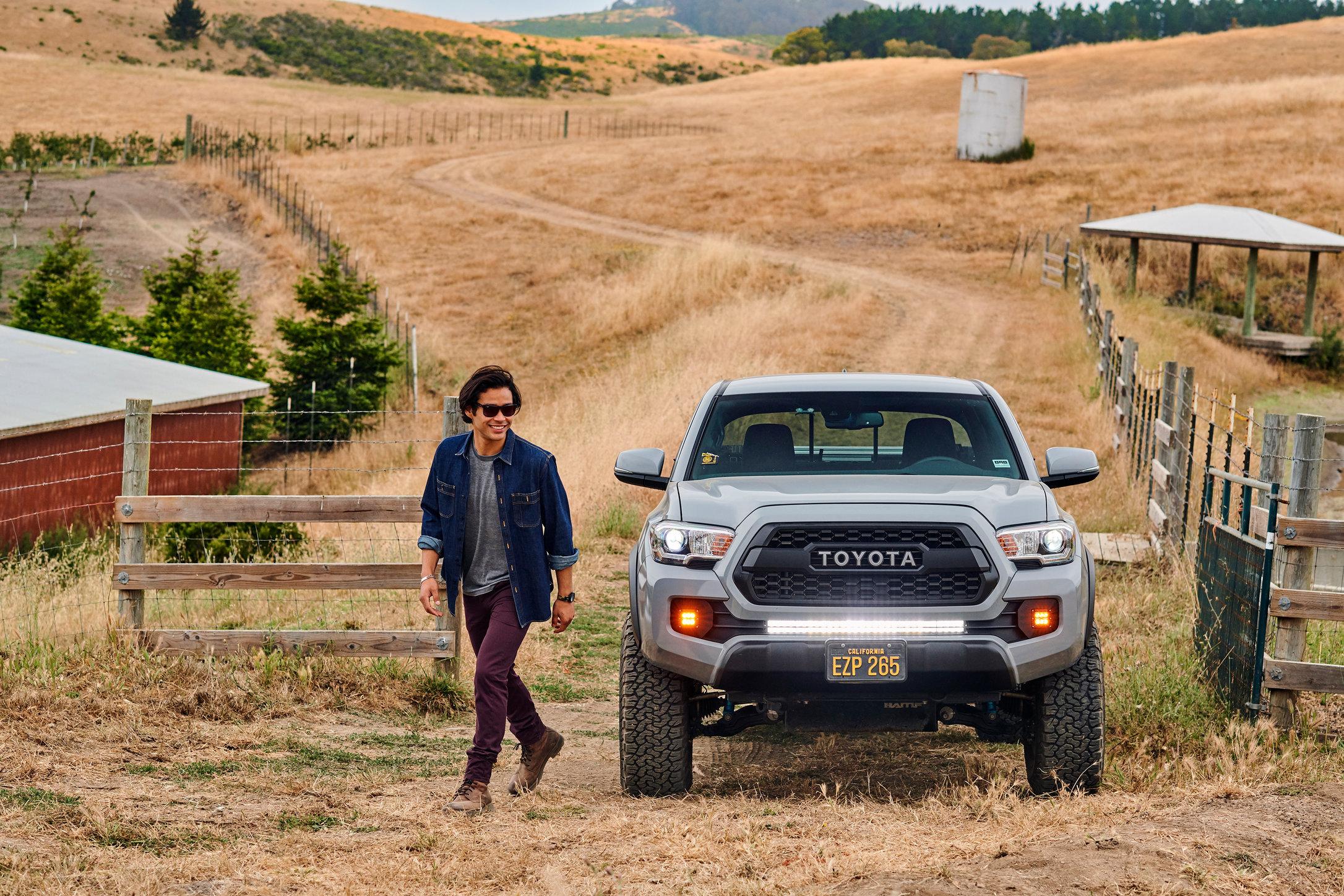 Motors_Toyota_Tacoma_Portrait_1087.jpg