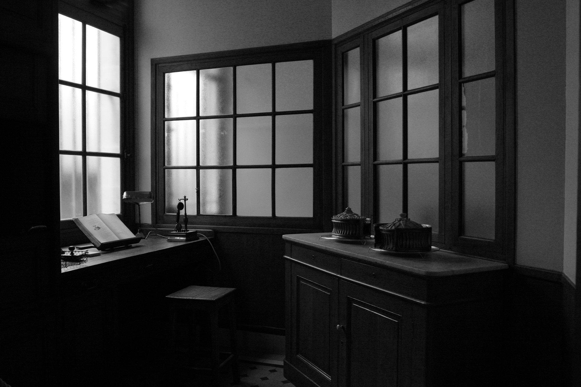 window3597-2.jpg