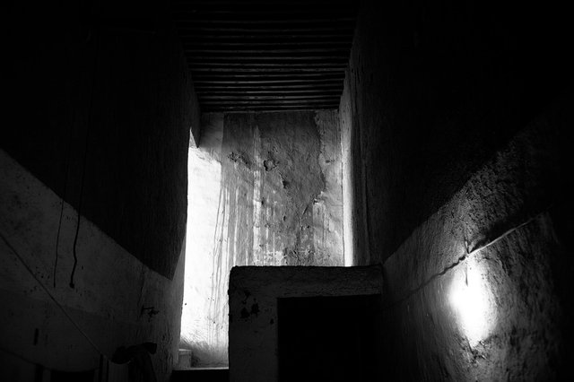 Moroccan Shadows #14_untitiled#14_mer.jpg
