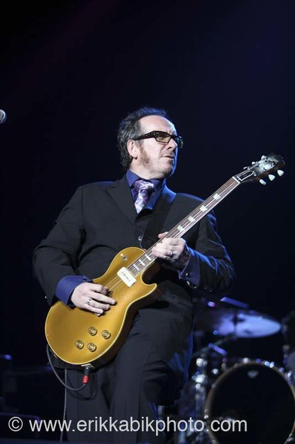 elvis_costello_5_23_08-37.jpg