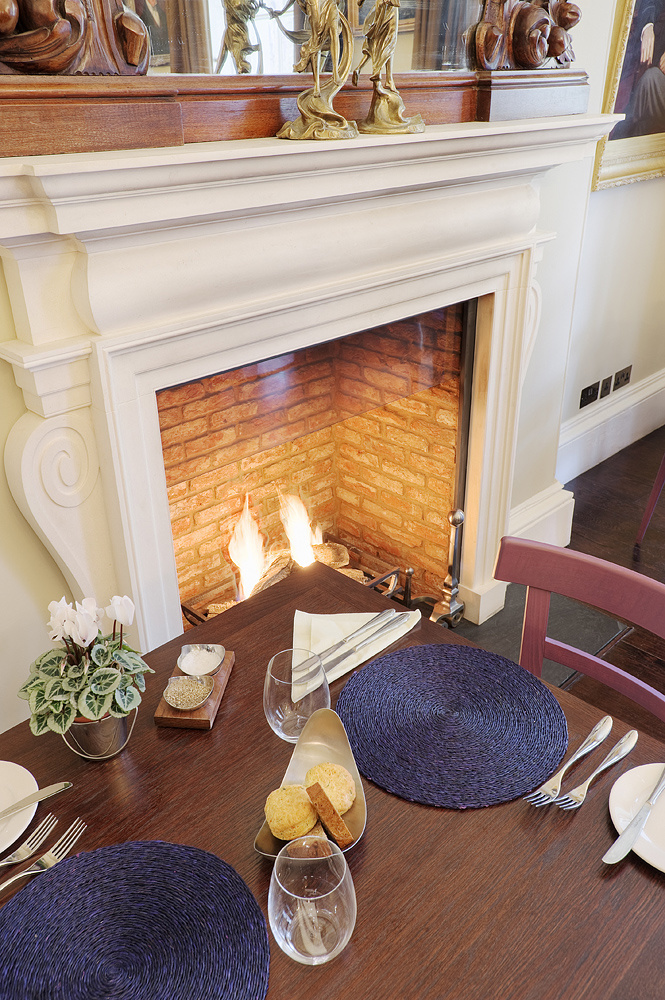 Dining_Room_Fire_02.jpg