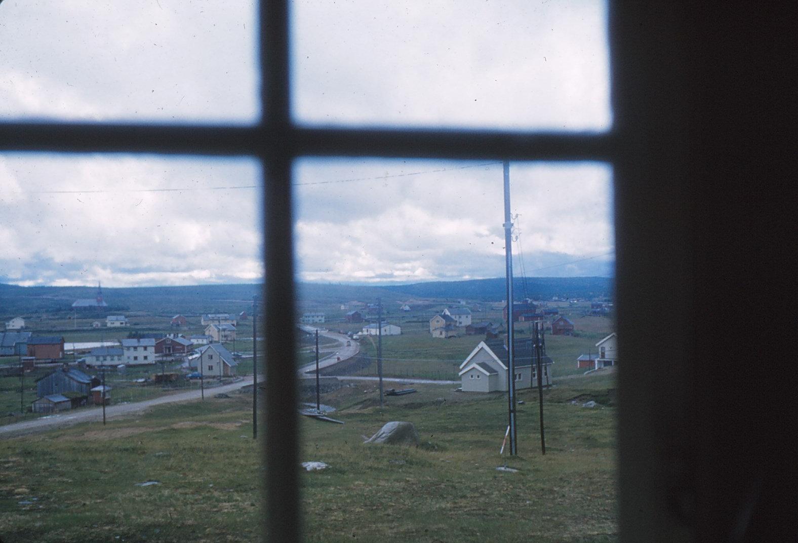 1064 (28) Kautokeino, uitzicht uit hotelkamer