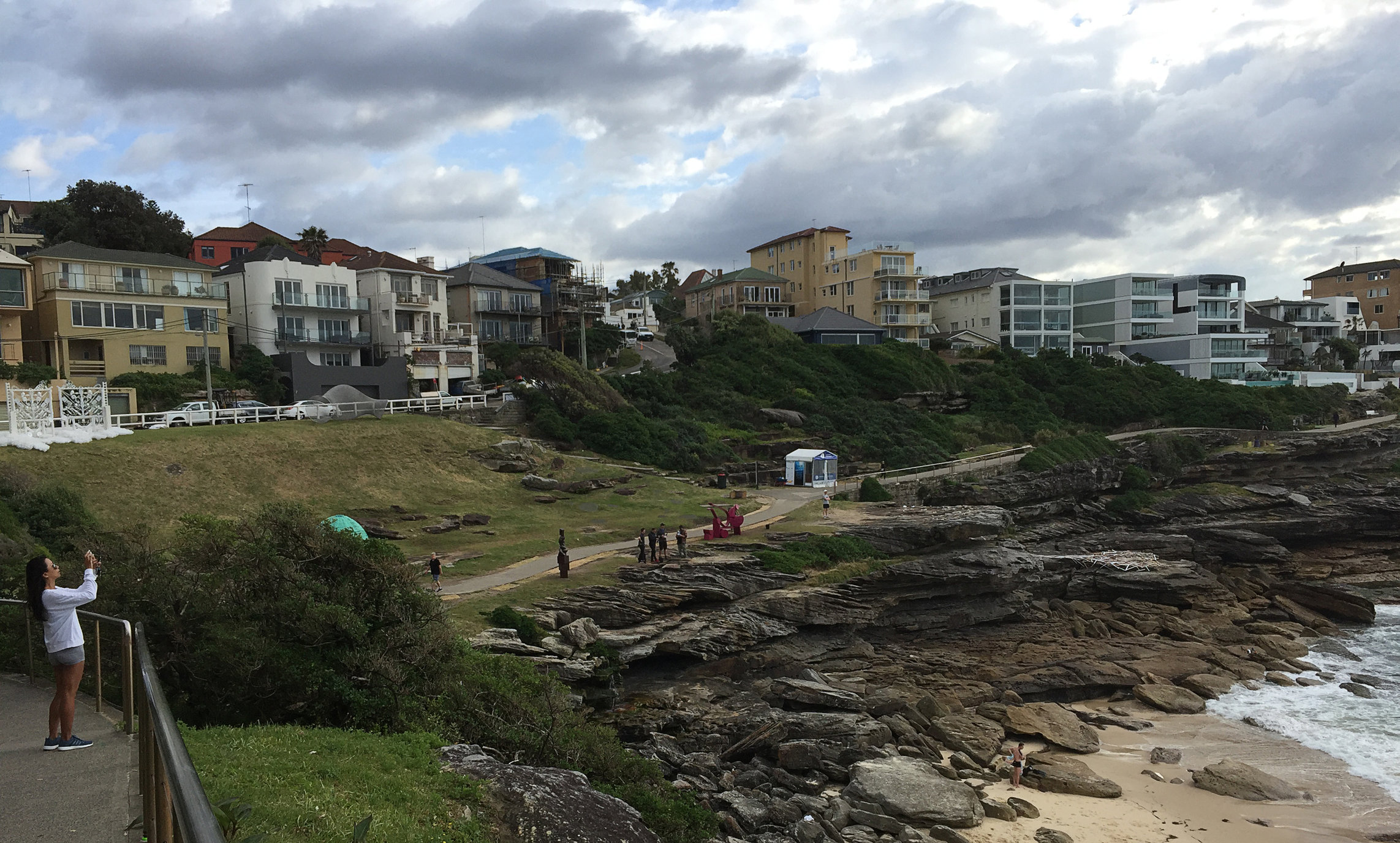 Work for Sculpture by the sea, 2016, Bondi, Sydney, Australia. Yarn, thule fabric and flower staples.