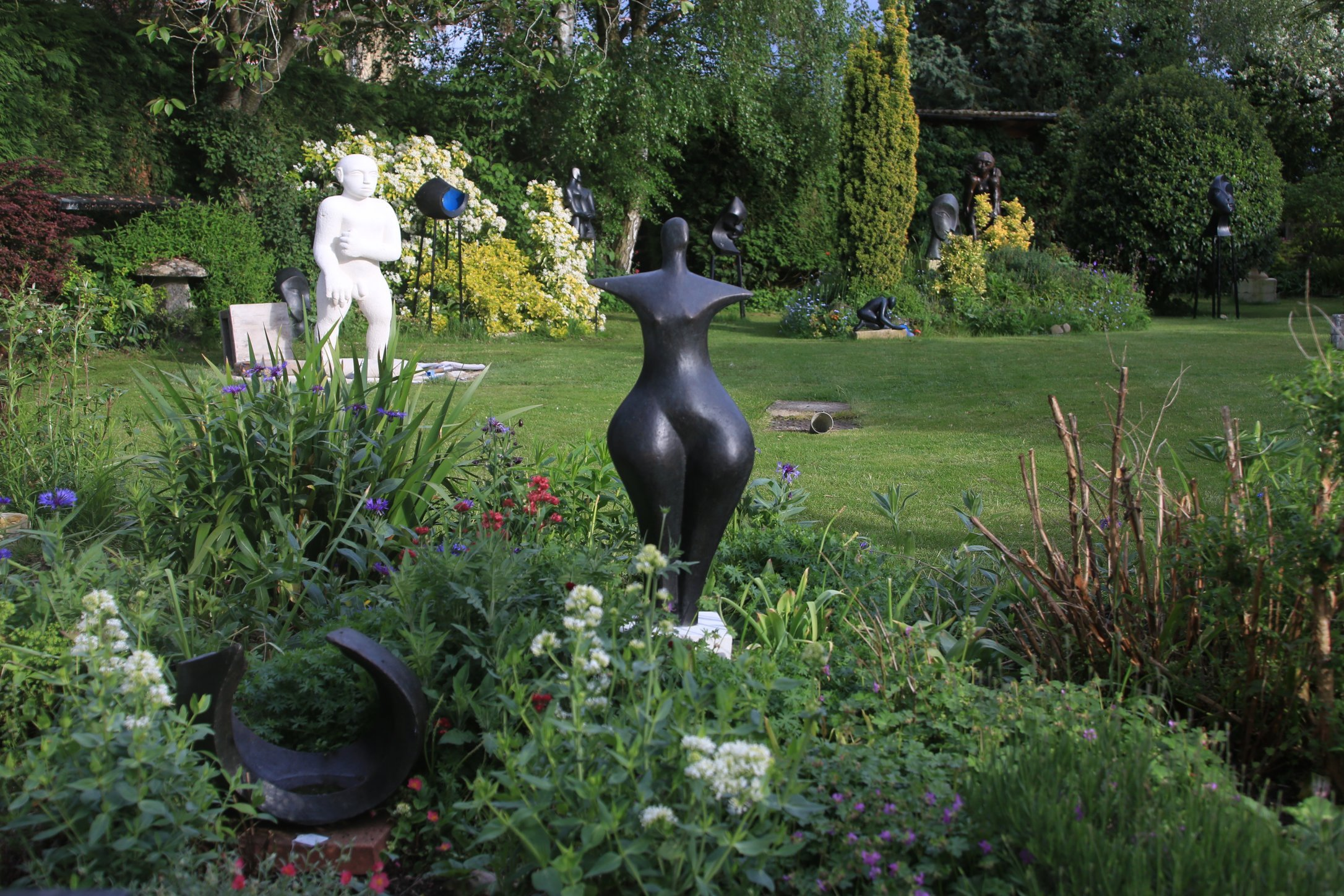 First Woman  1991, 87 x 32 x 26cm Bronze Resin   OAW 2016