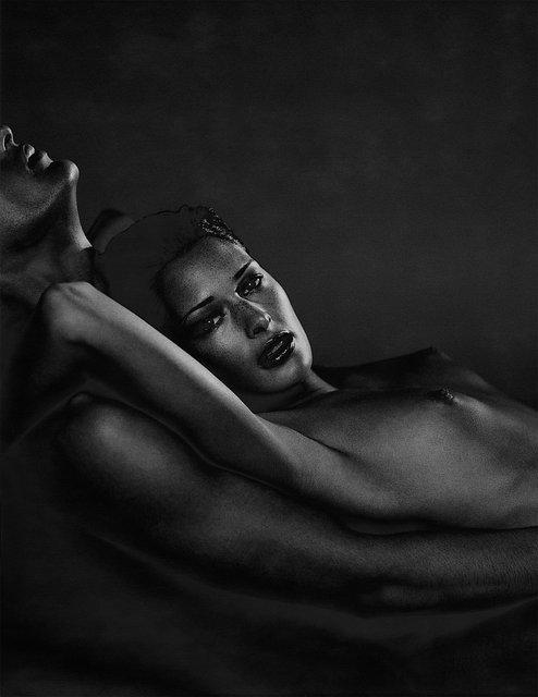 Dark female solarized nude 01
