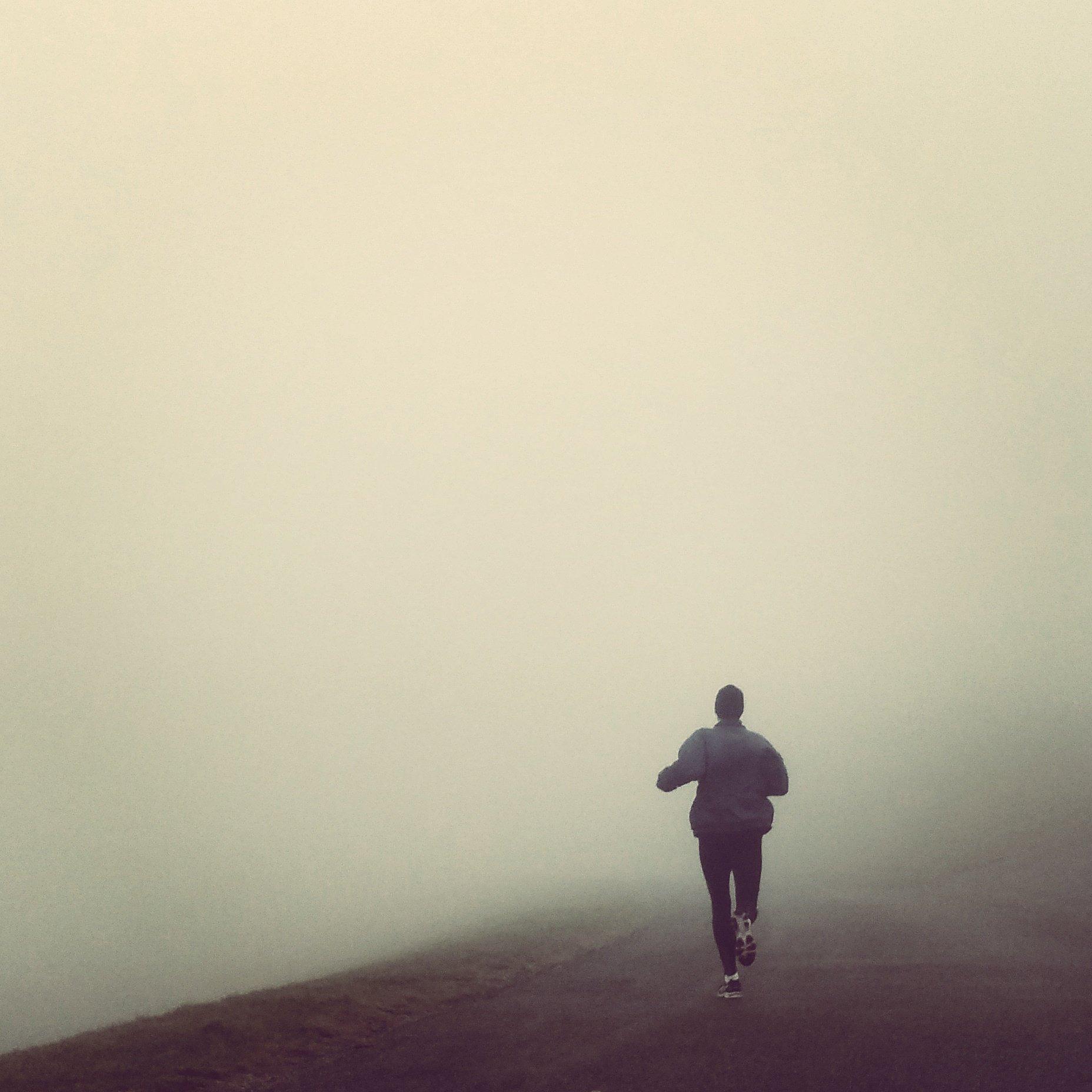 Zeer dichte mist, zeedijk Den Helder