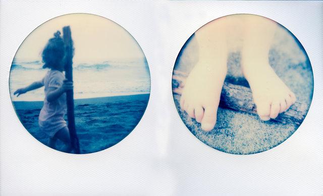 My Magic Binoculars : Maddy by the sea