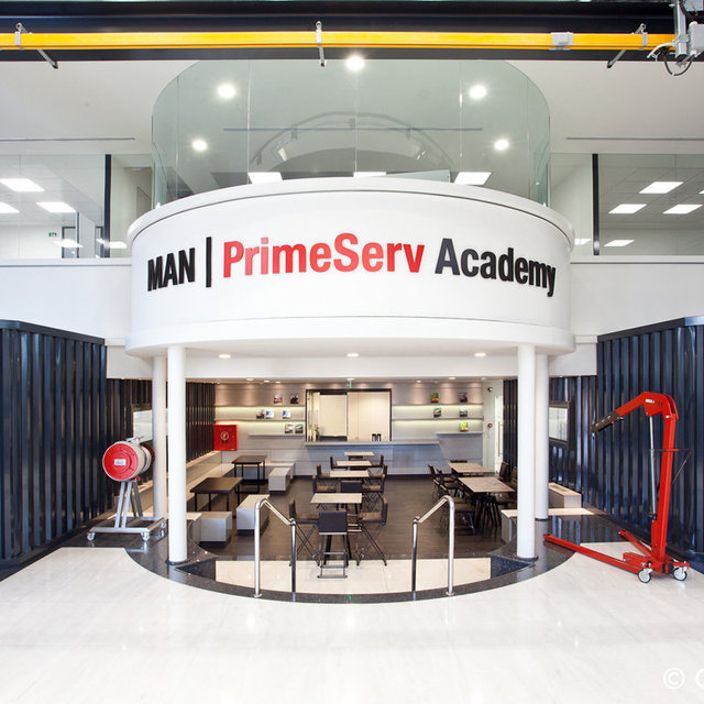 Oficinas_academia_MAN-2.jpg