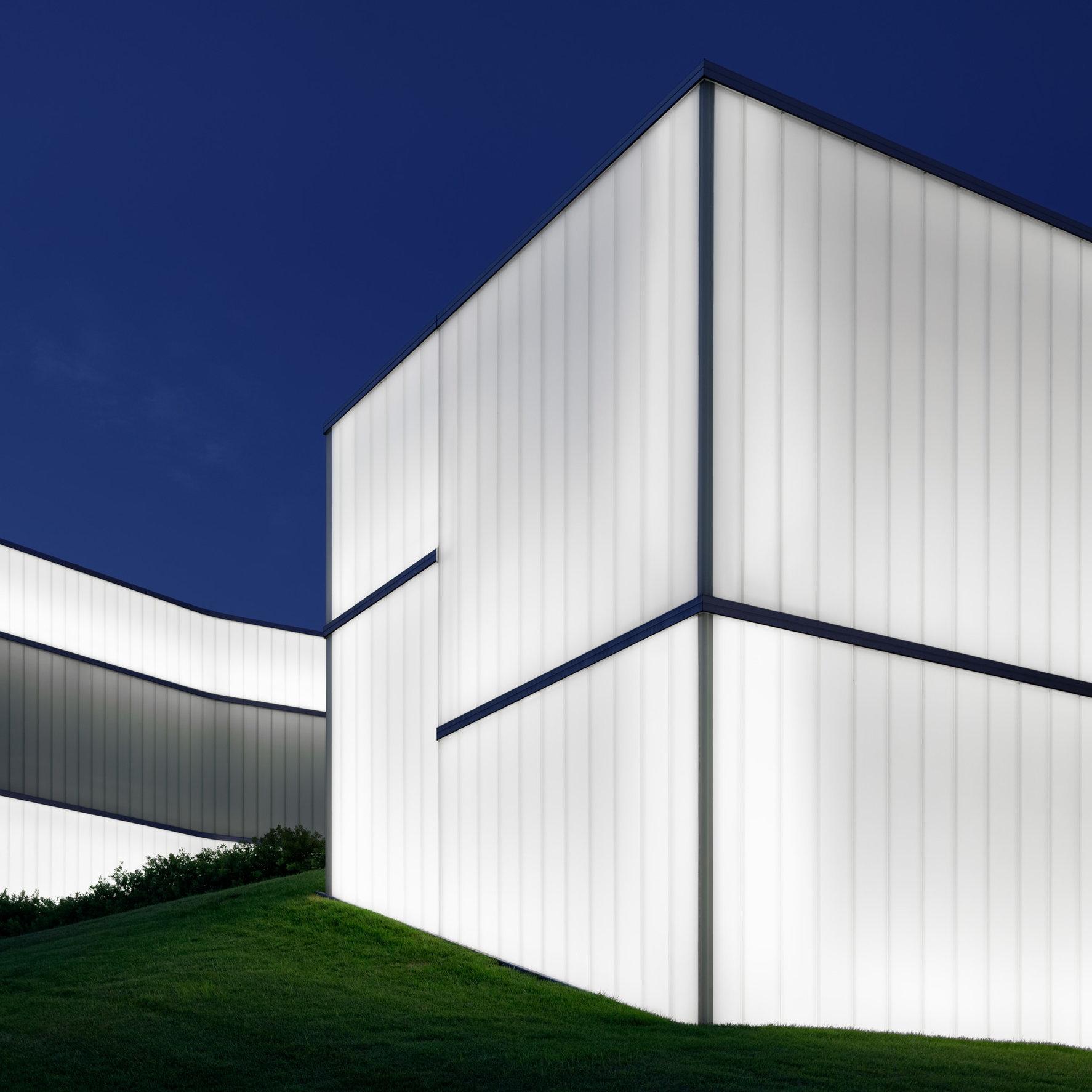 Bloch Building