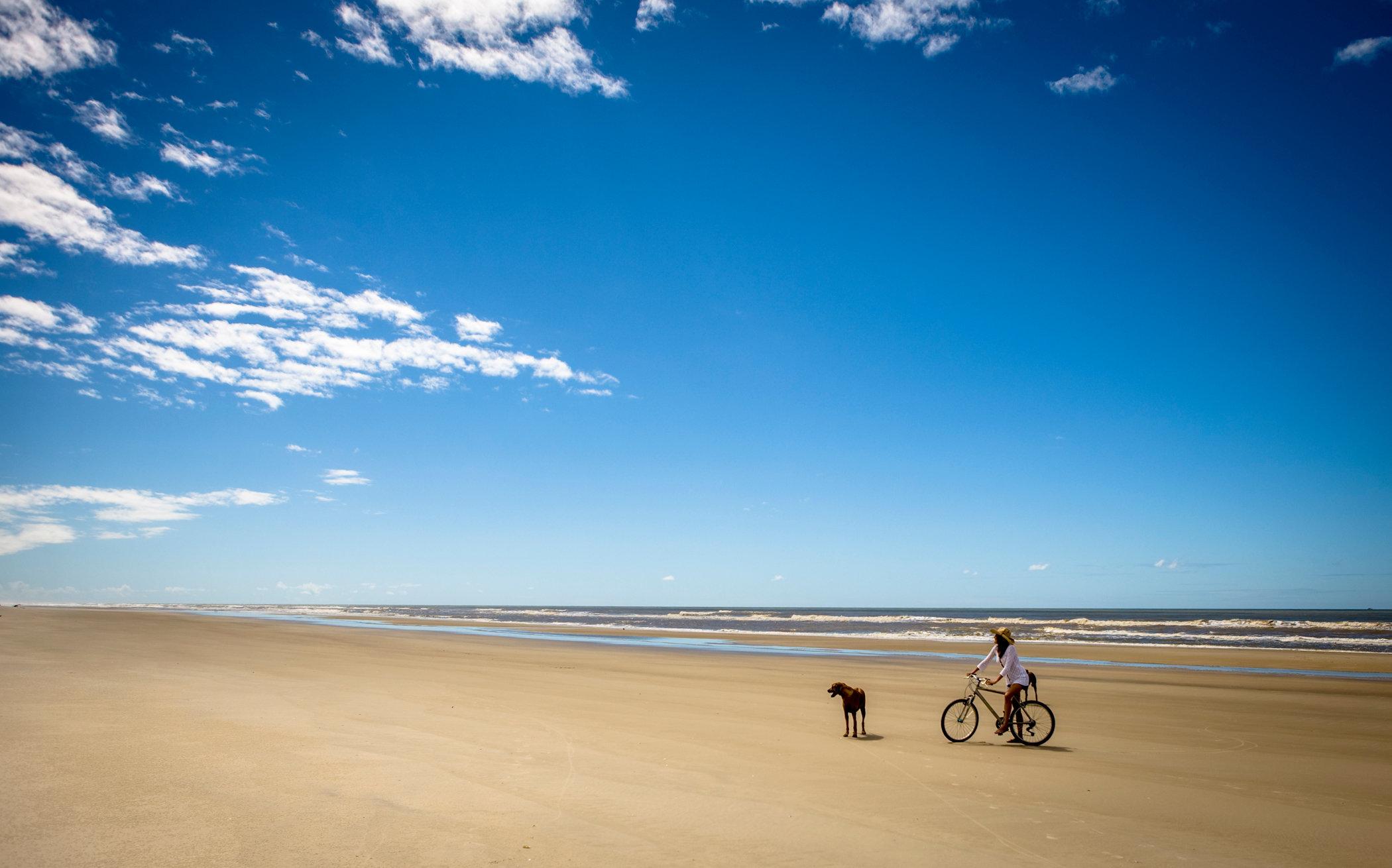 bike on beach.jpg