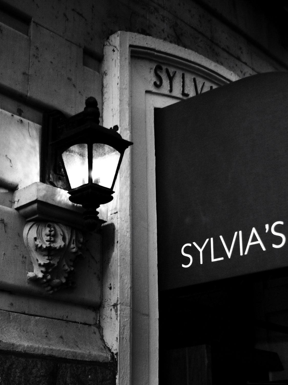Sylviabw-23.jpg