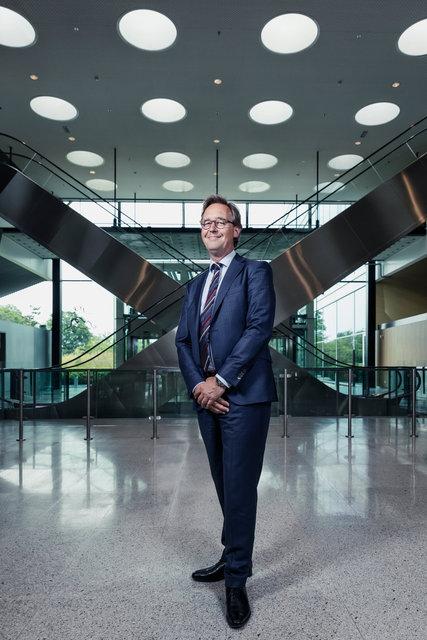 Jaap van Dam PGGM. Financial Investigator