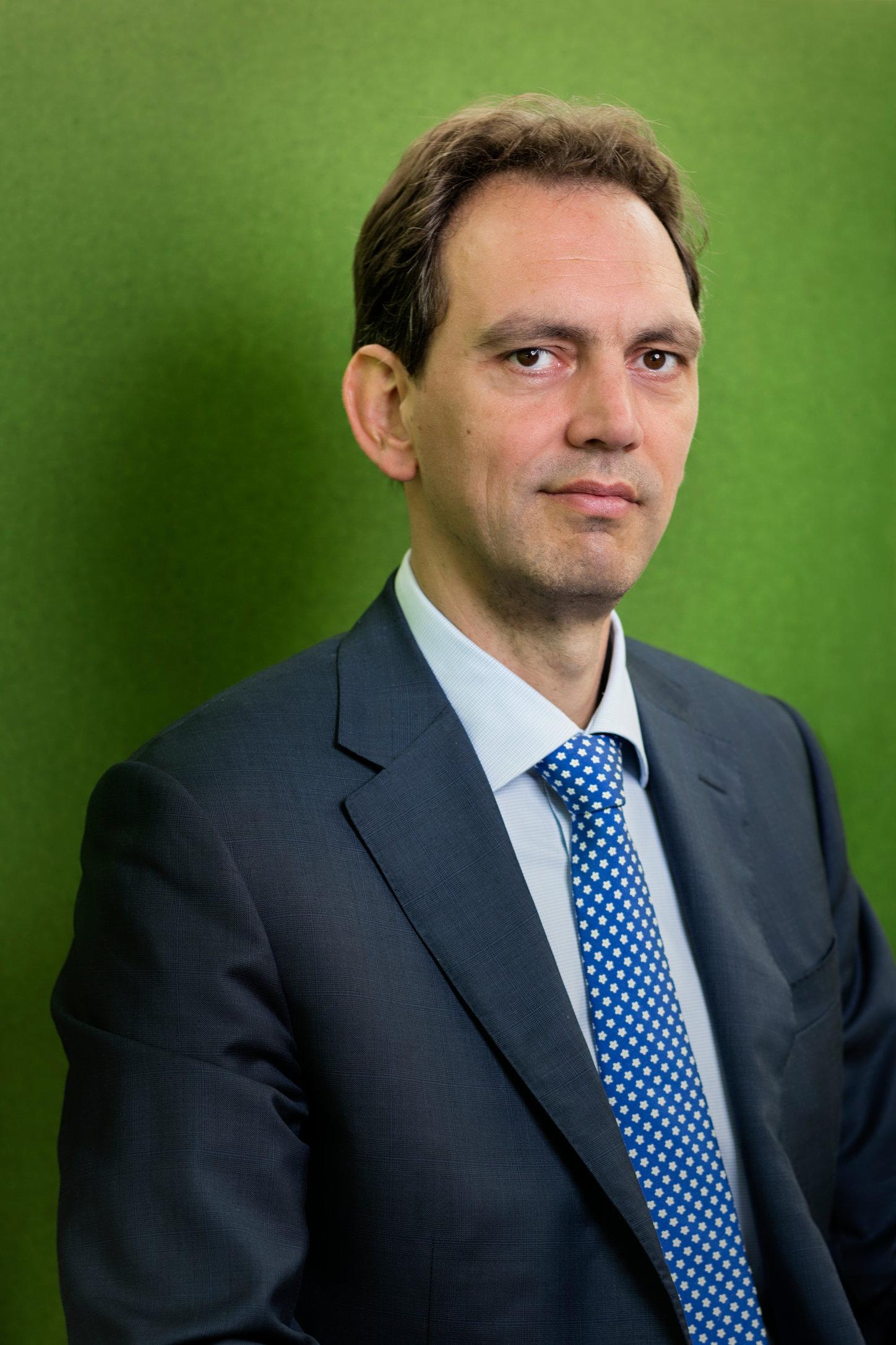 Frank Meijer for Financial Investigator