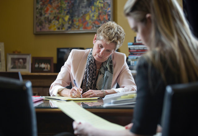 049_Kathleen_Wynne_Election.JPG