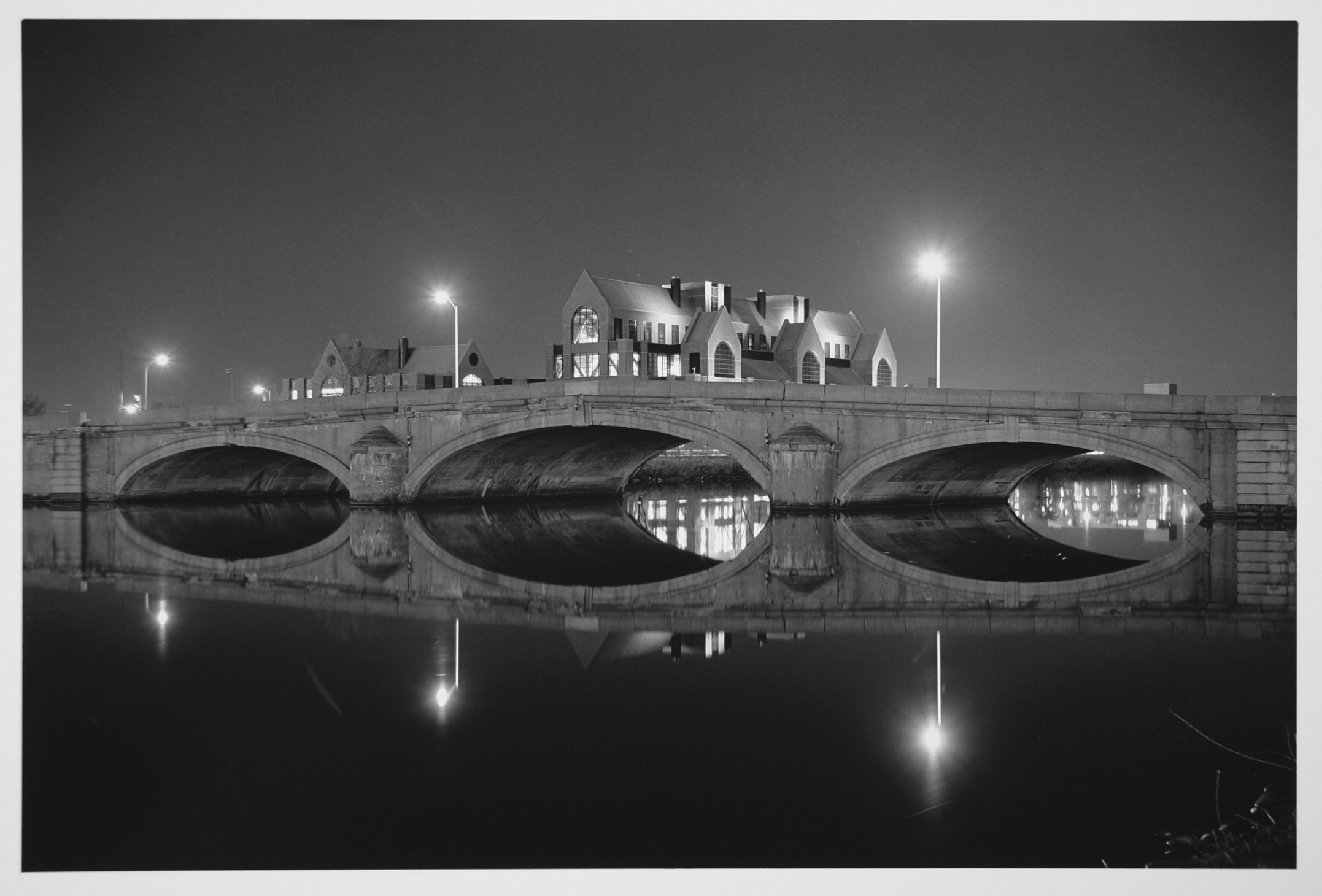 River St. Bridge.jpg