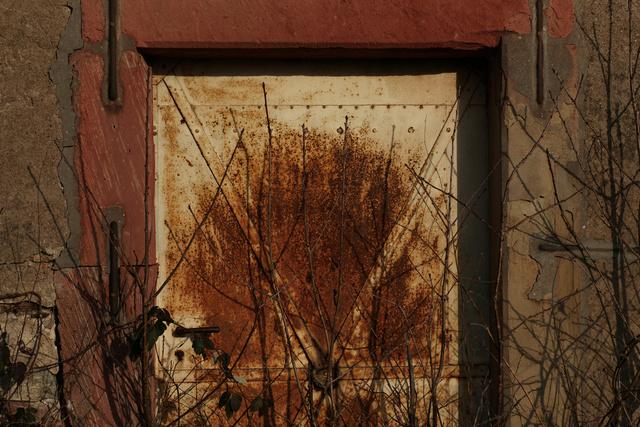 Rost. Und Tür.