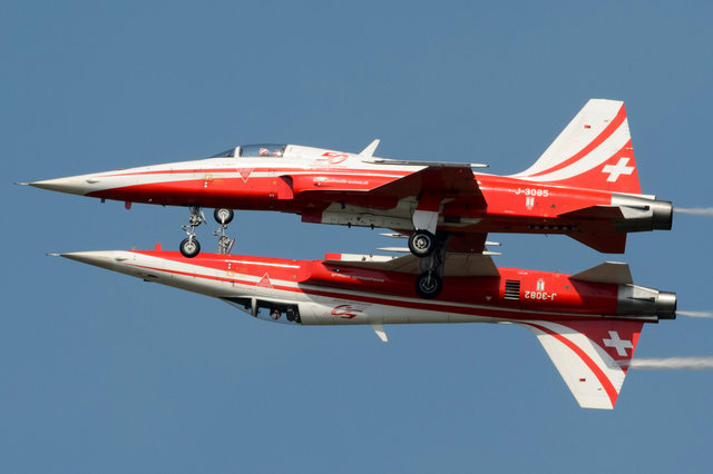 Patrouille Suisse - Air14 - 2014