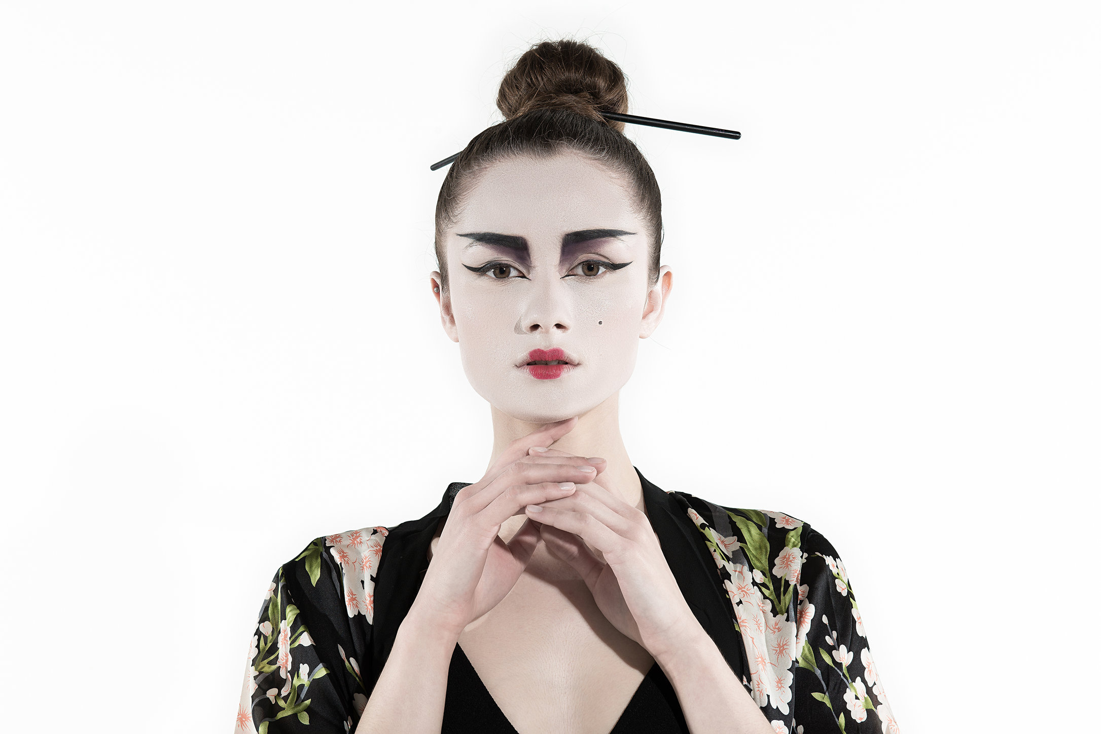 Magda Geisha Portrait web.jpg