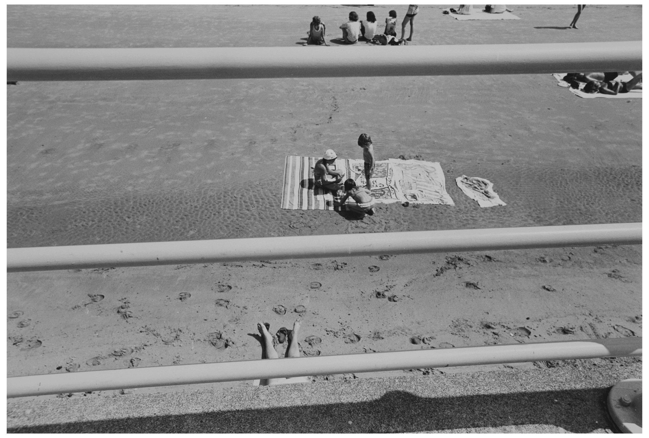 Beach 003.jpg