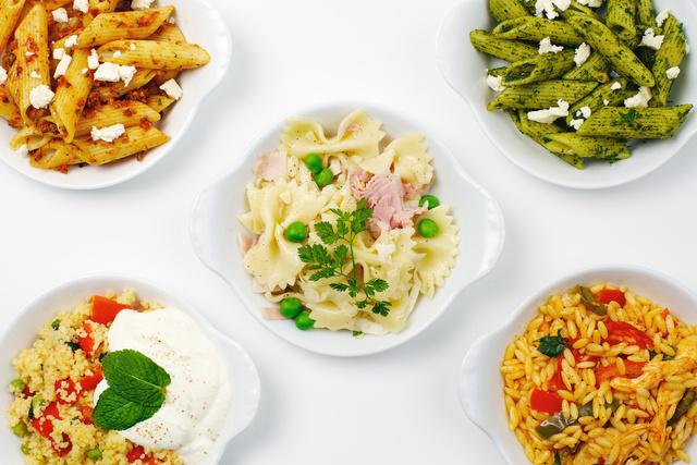 2010-02-26_Balzac_Food_3_noodle_salad_version2_alienskin.jpg