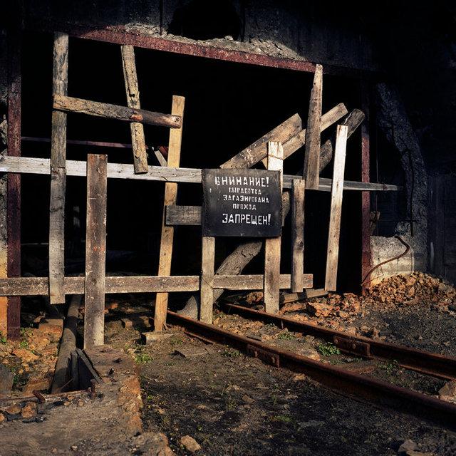 Barentsburg Mining #3 25x25 72 dpi.jpg