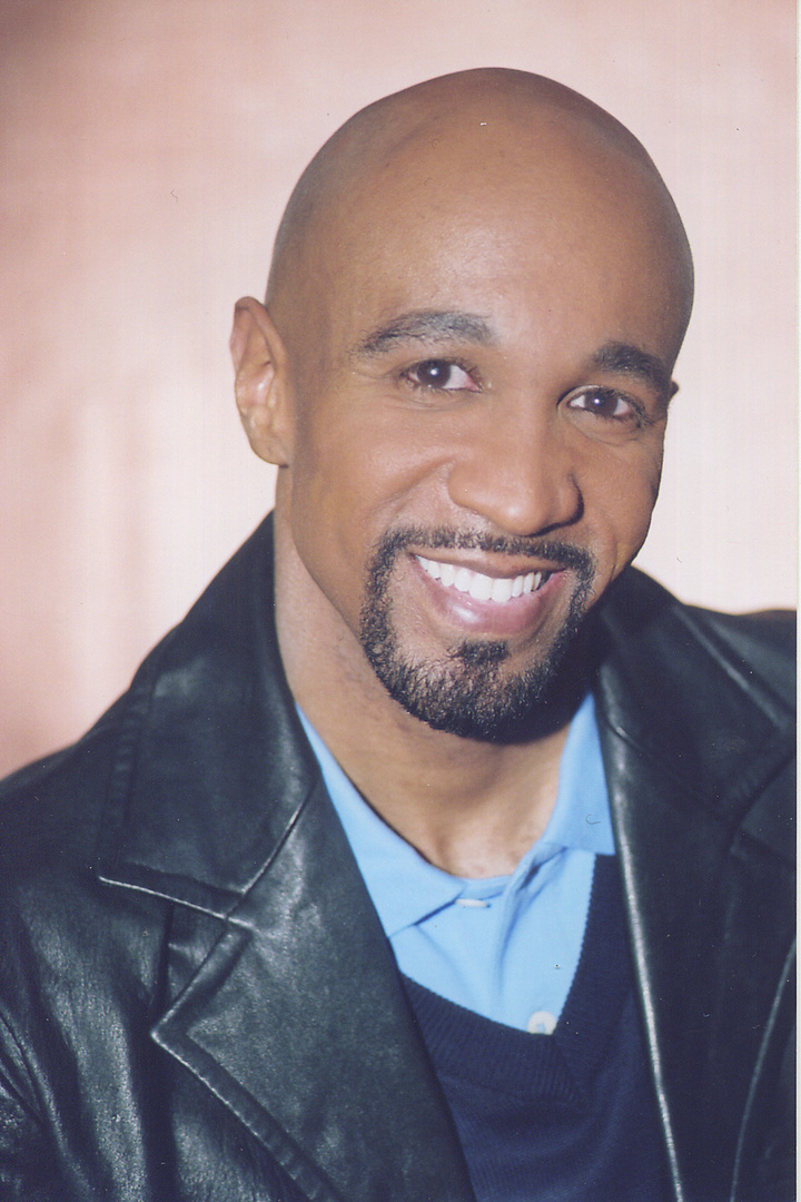CEDRIC BYRD- ACTOR  Many say her is a talk show host Montell look alike.