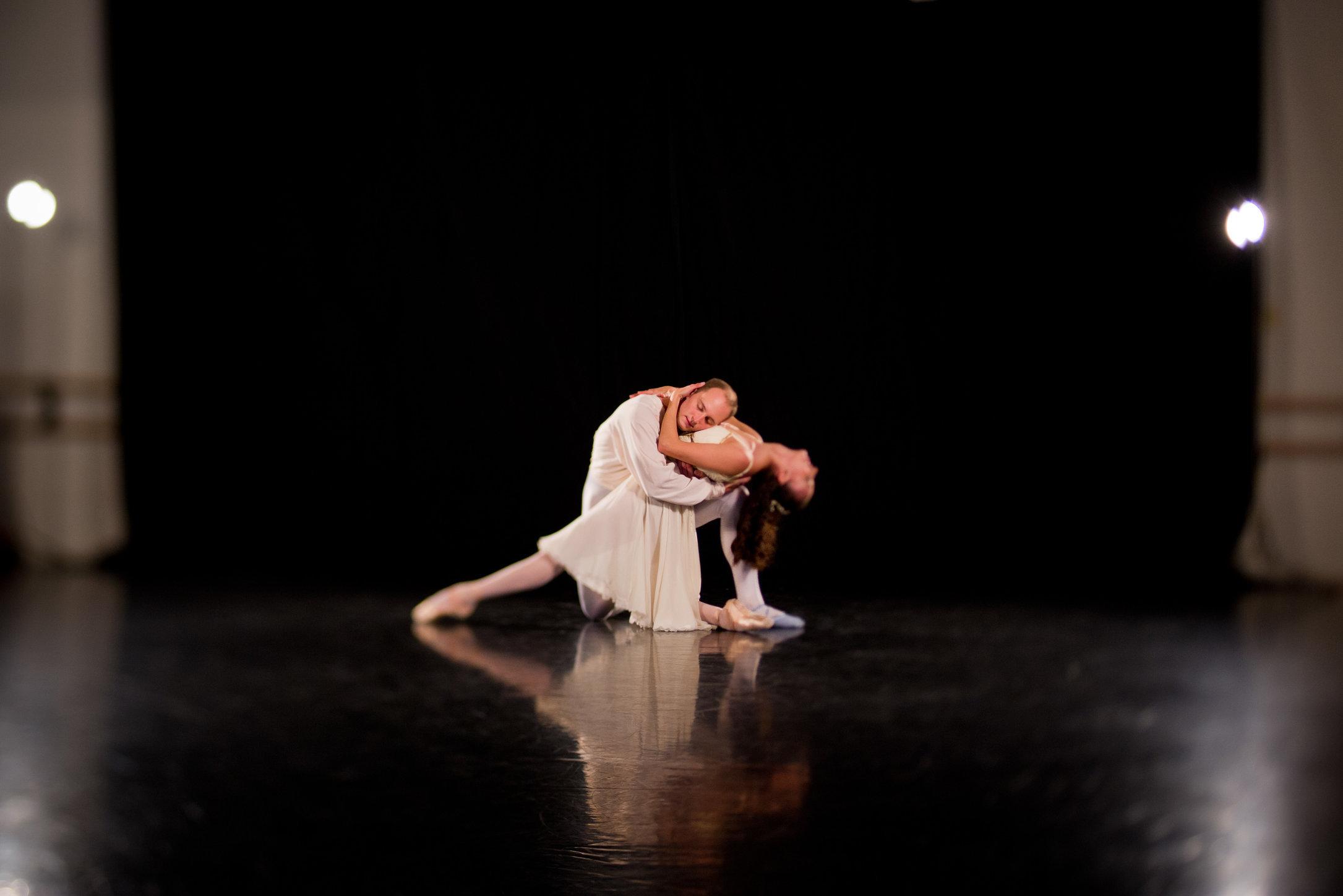 MANNY_DANCE_17.JPG