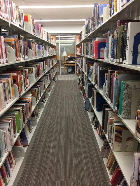 Deerfield Public Library, Deerfield, IL, 2016